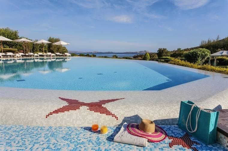 Itálie - Baja Sardinia - Ea Bianca Luxury Resort