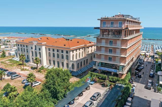 Itálie - Cattolica - Diplomat Marine