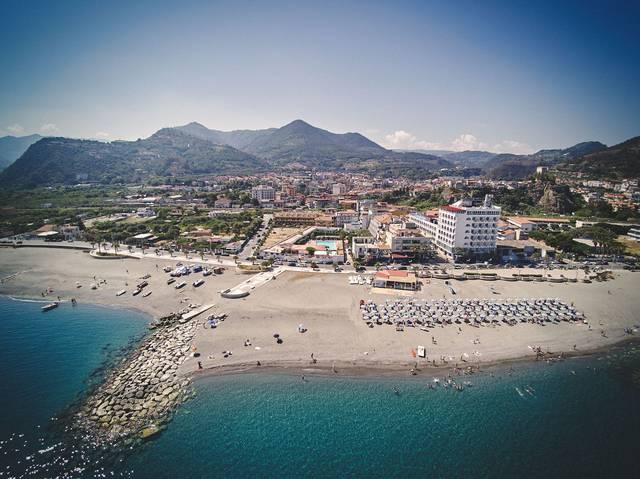 Itálie - Messina - Costa Azzurra