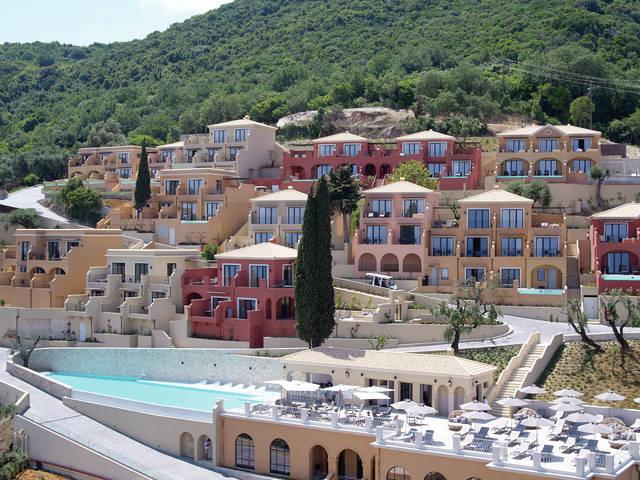 Recko - Agios Ioannis Peristeron - Marbella Nido Suite & Villa Adult Only