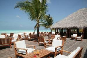 Maledivy - Severní Male Atol - Meeru Island Resort