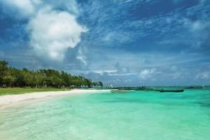Mauritius - Východní pobřeží - Emeraude Beach Attitude