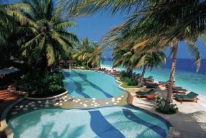 Maledivy - Baa Atol - Royal Island Resort & Spa