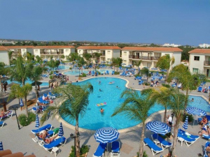 Paradise Holiday Village****